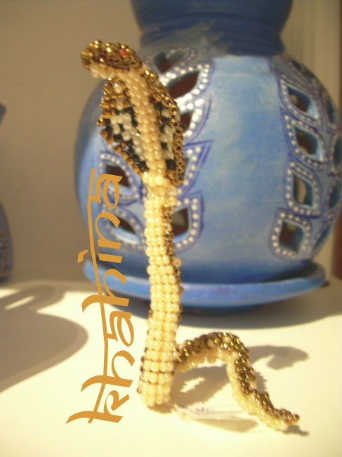 Cobra en perles de rocaille